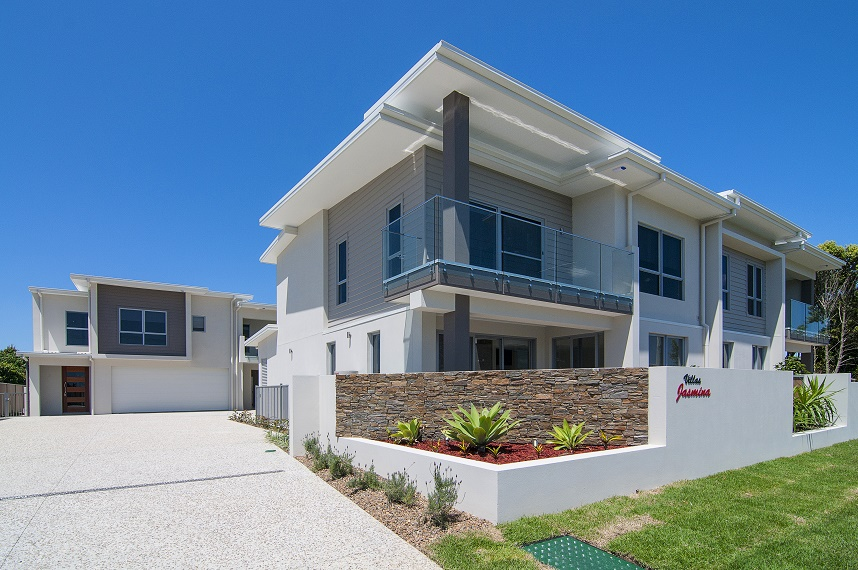 MODERN NEW HOME IN SOUTHPORT