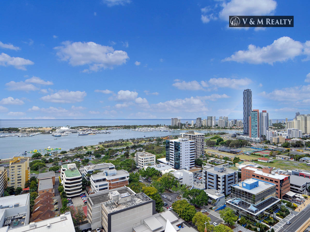 Stunning Broadwater View In The Heart Of Southport CBD!